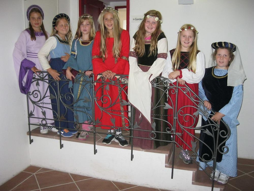 Die edlen Burgfräulein, abgelichtet anno 2014