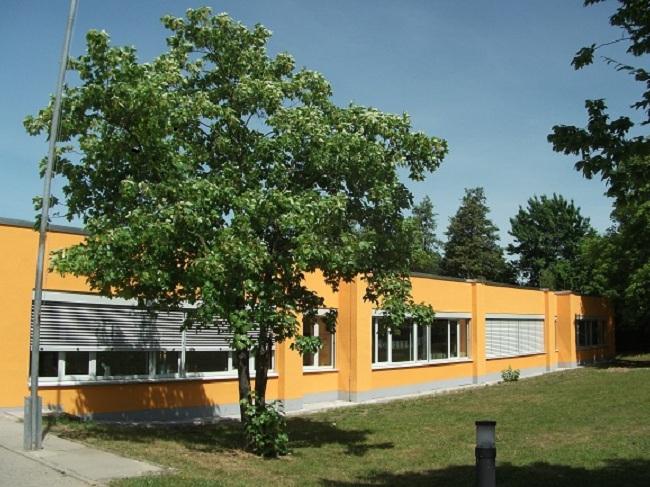 Das Schulgebäude im Gießener Stadtteil Rödgen